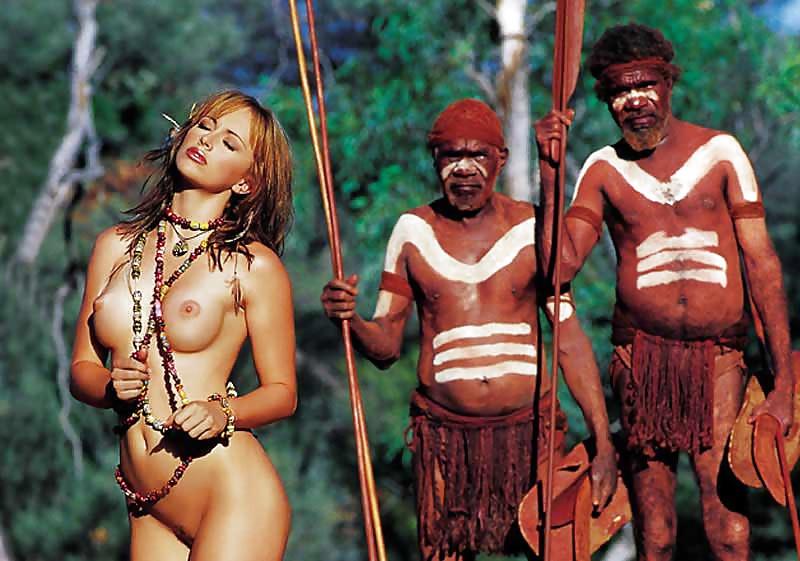 Голые племена диких африканских женщин на devahy