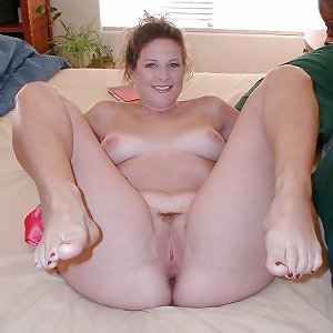 Chubby Women Showing Their Goods 3