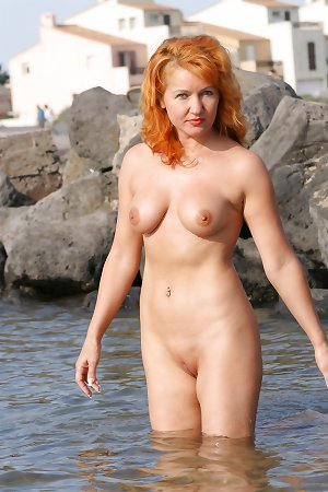 nude hot amuture woman